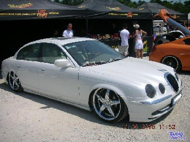 tuning tour jaguar s type de 2003. Black Bedroom Furniture Sets. Home Design Ideas