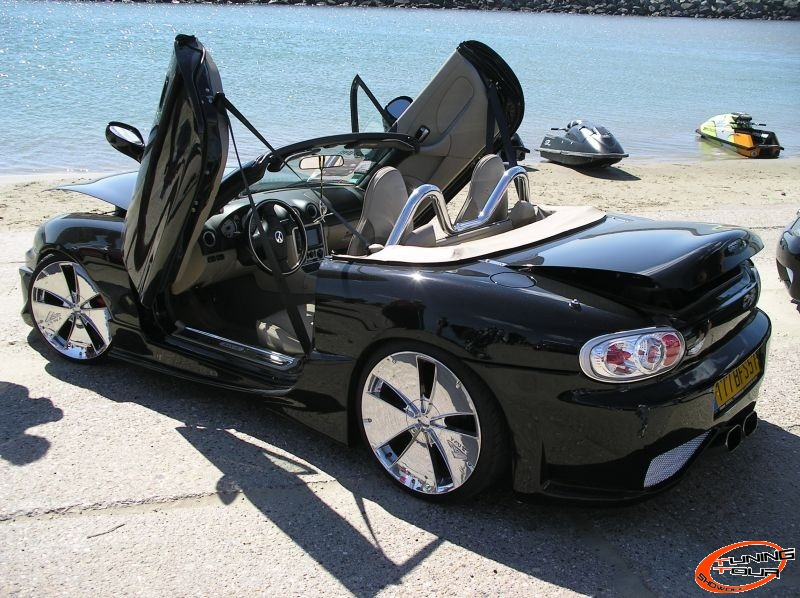 tuning tour mazda mx 5 de 2004. Black Bedroom Furniture Sets. Home Design Ideas